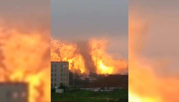 Число жертв взрыва на химзаводе в Китае продолжает расти