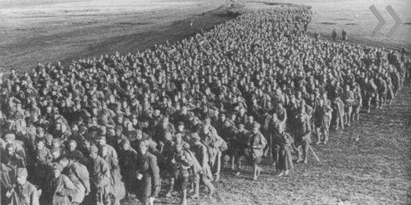 Праздник День Победы. Как к нему шли немцы и русские