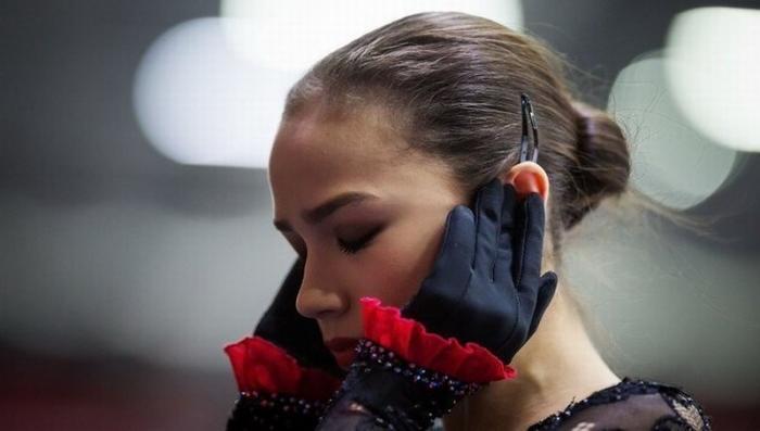 Новый рекорд Алины Загитовой: в Японии чемпионку мира 8 часов держали на допинг-тесте
