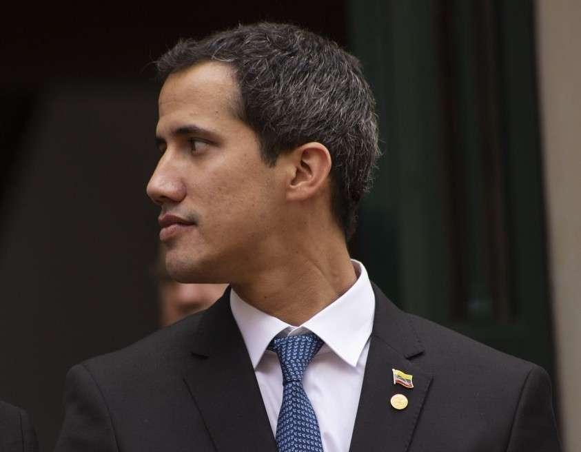 Самозванец Хуан Гуайдо призвал сообщников готовиться к силовому захвату власти в Венесуэле