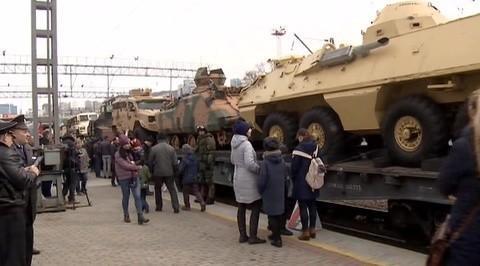 Из Сирии прибыл во Владивосток поезд с военными трофеями