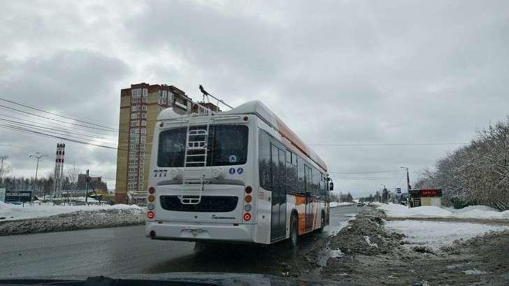 В Кирове запущен в тестовую эксплуатацию троллейбус с большим автономных ходом производства УТТЗ