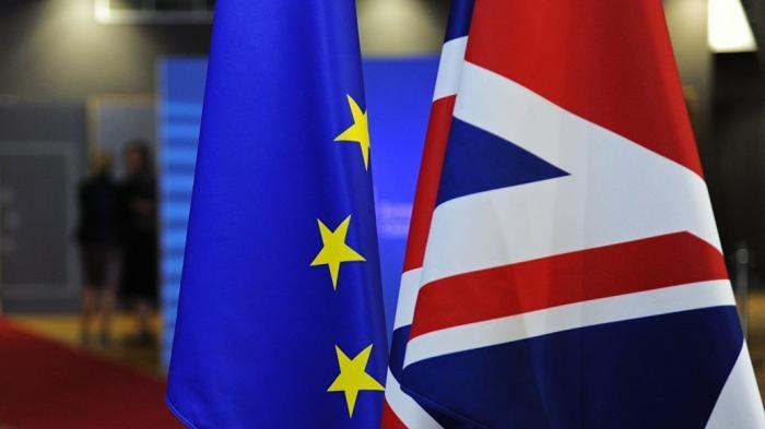 Британский парламент против всяких компромиссов по Брексит
