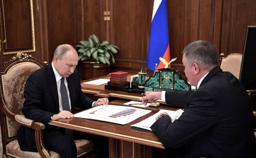 На встрече с главой Вологодской области Олегом Кувшинниковым.