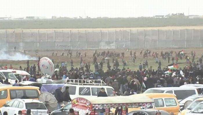 40 тысяч палестинцев вышли на протесты против блокады Израилем сектора Газа