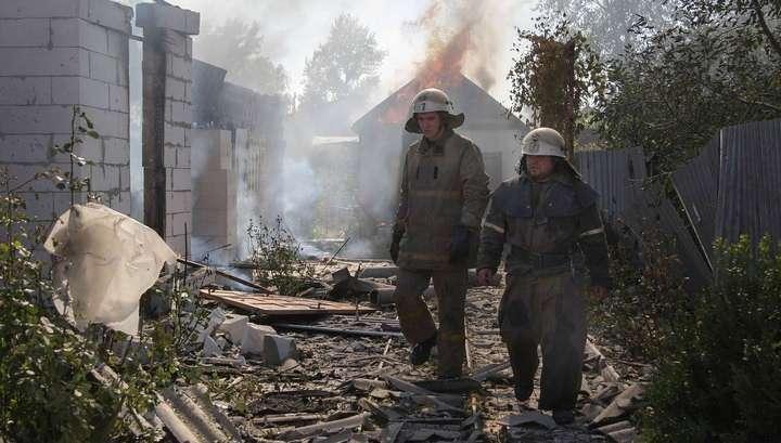 Украинская артиллерия обстреливает Донецк непрерывно