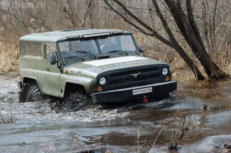 Американец: я купил русский джип УАЗ, он точно круче хаммера