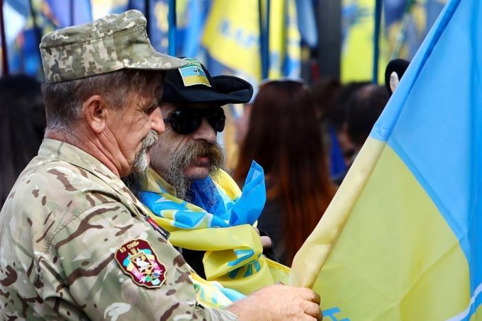 Выборы президента Украины 2019: прямая трансляция открытия избирательных участков