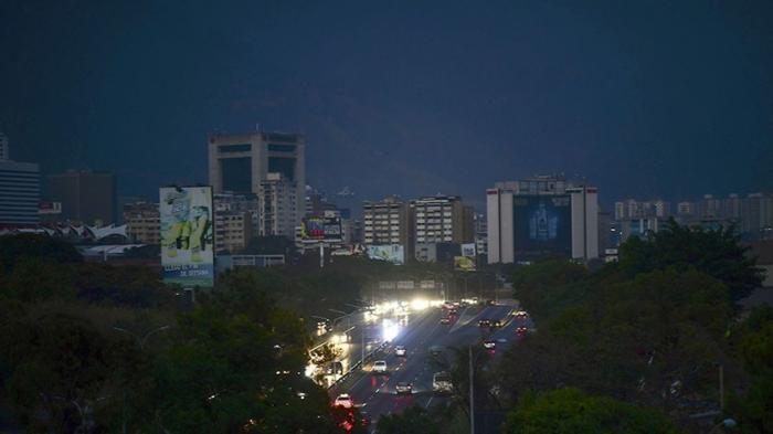 Энергетика Венесуэлы подверглась нескольким новым синхронным кибератакам США