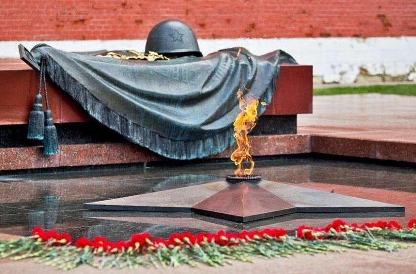 Побег из плена русского лётчика Михаила Девятаева предопределил уничтожение ракетной программы Рейха