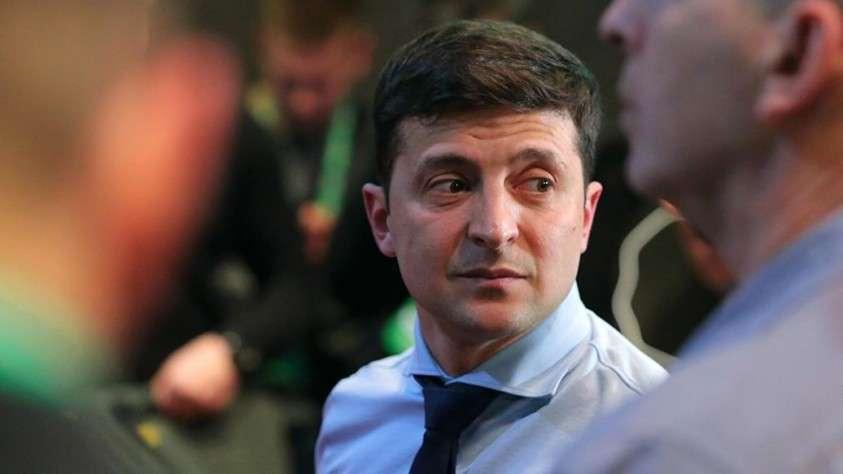 """""""Скоро будет не до смеха"""". Что ждет Украину во втором туре выборов"""