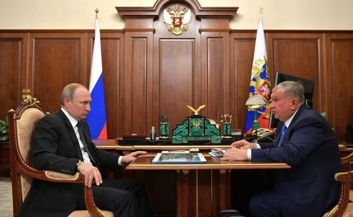 Владимир Путин провёл встречу сглавой компании Роснефть Игорем Сечиным
