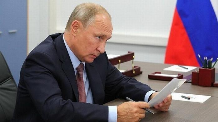 Владимир Путин отправил в отставку очередную пачку прокуроров