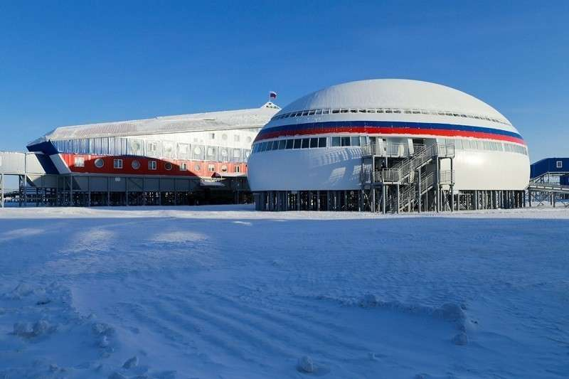 Военную базу «Северный клевер» в Арктике впервые показали журналистам