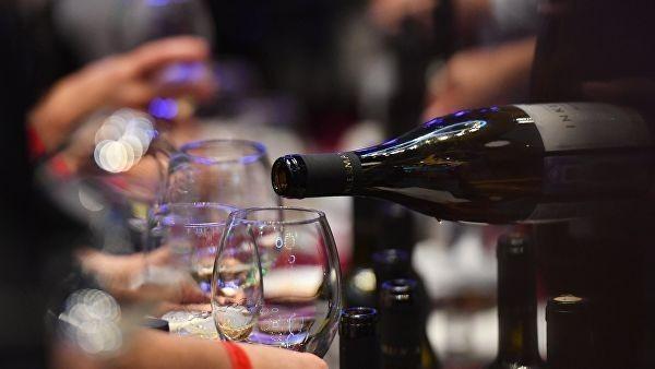 Минкульт предложил вернуть алкогольный яд во все учреждения культуры