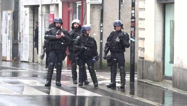 Протесты во Франции: на камни и петарды полиция ответила гранатами с газом