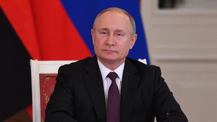 Владимир Путин считает необходимым следовать принципу свободы интернета