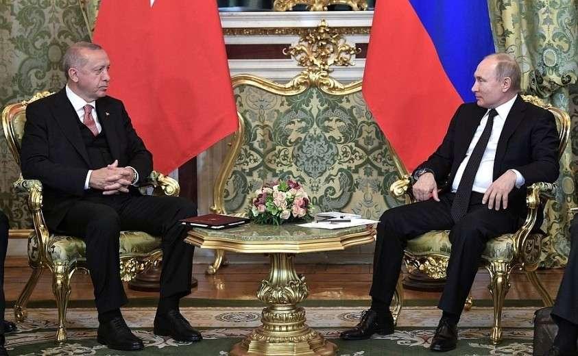 С Президентом Турецкой Республики Реджепом Тайипом Эрдоганом.