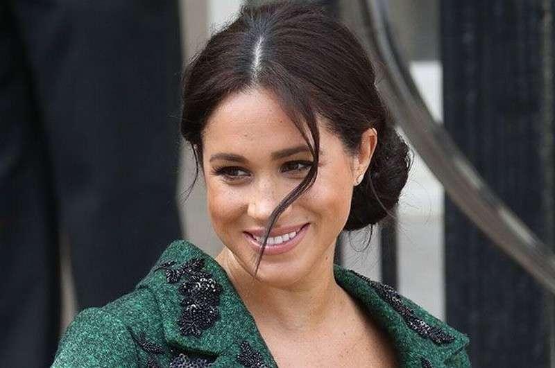 Елизавета в шоке. Как супруга принца Гарри актриса Меган Маркл воюет с королевской семьей