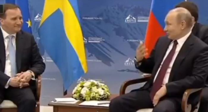 Путин опять всех поразил: оказывается, он внимательно слушает, что говорит переводчик!