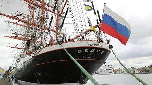 Прибытие парусника Седов в Санкт-Петербург