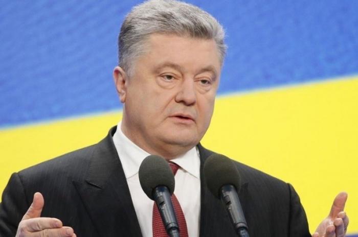 Зеленский должен отказаться говорить с Порошенко – это уже ничего не решит