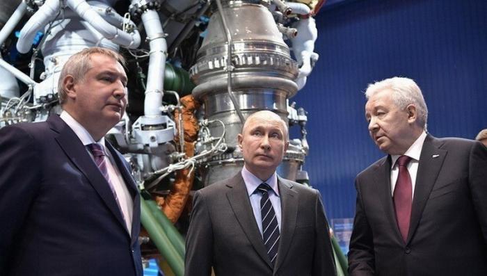 Владимир Путин анонсировал отказ от военного призыва в России