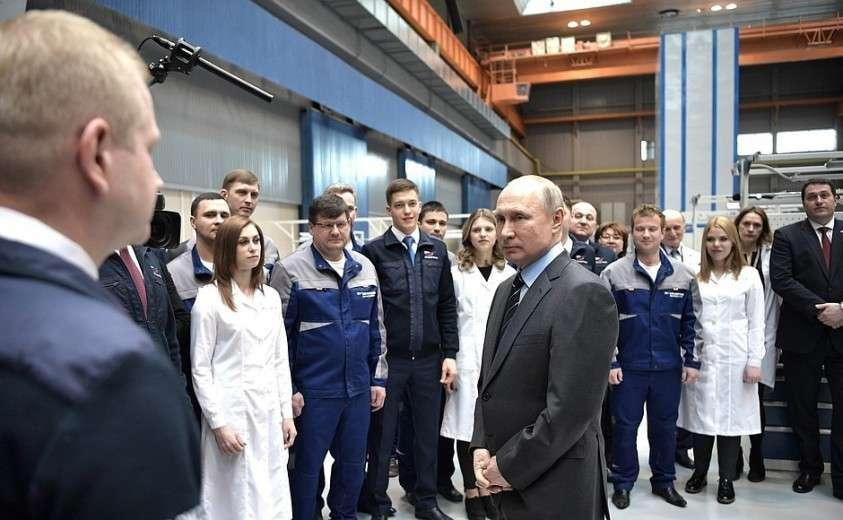 В ходе посещения научно-производственного объединения «Энергомаш». Владимир Путин ответил на вопросы работников предприятия.