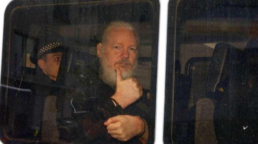 Wikileaks выполняет своё обещание о публикации новых секретных данных после ареста Джулиана Ассанжа!