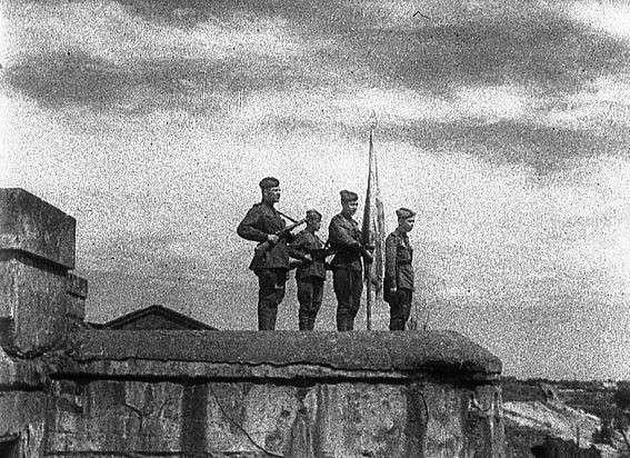 Пограничники Берии: почему фашисты боялись их больше всего и не брали в плен