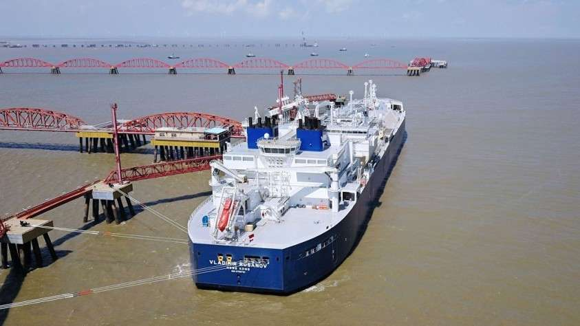 Китайцы отказались импортировать газ из США. Хотя им предлагали за это миллиард
