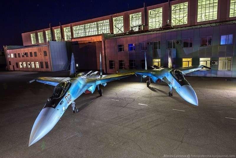 Россия поставила в Китай 24 многоцелевых истребителя Су-35
