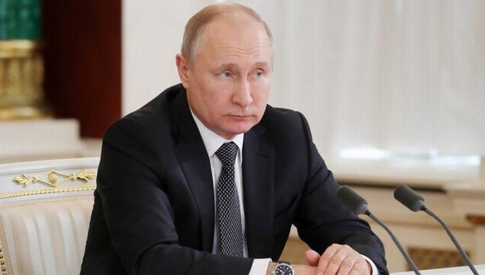 Владимир Путин: чиновники не должны «бронзоветь», а ощущать себя частью общества