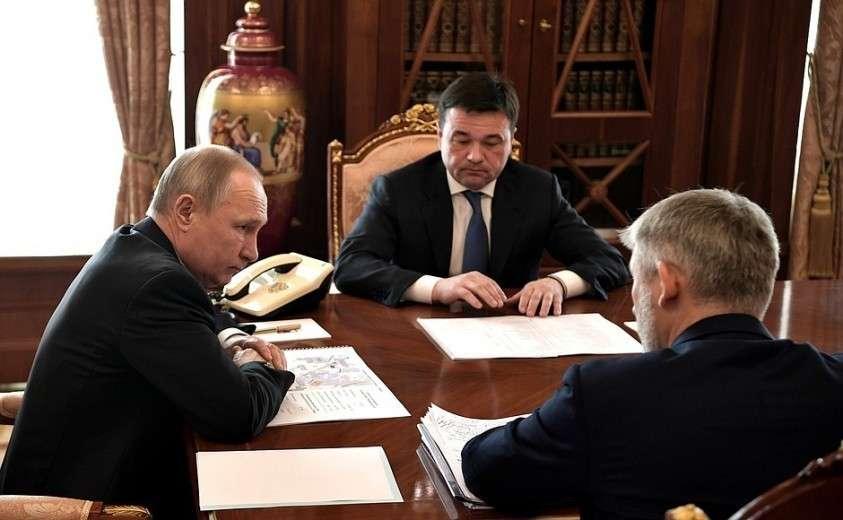 С Министром транспорта Евгением Дитрихом и губернатором Московской области Андреем Воробьёвым.