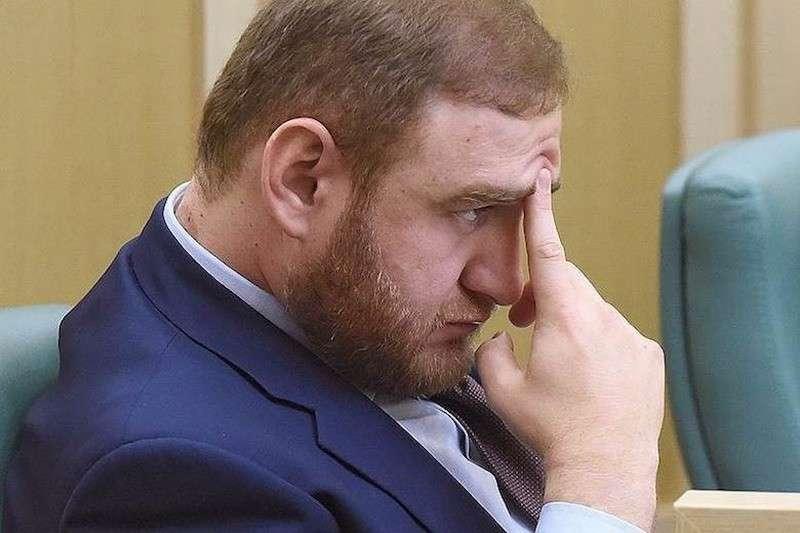 Российских депутатов и сенаторов теперь будут лишать неприкосновенности по-новому