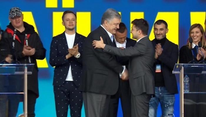 После «фарса в Олимпийском» на Украине настал день тишины