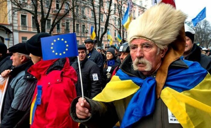 Западная Украина в едином патриотическом порыве за Порошенко