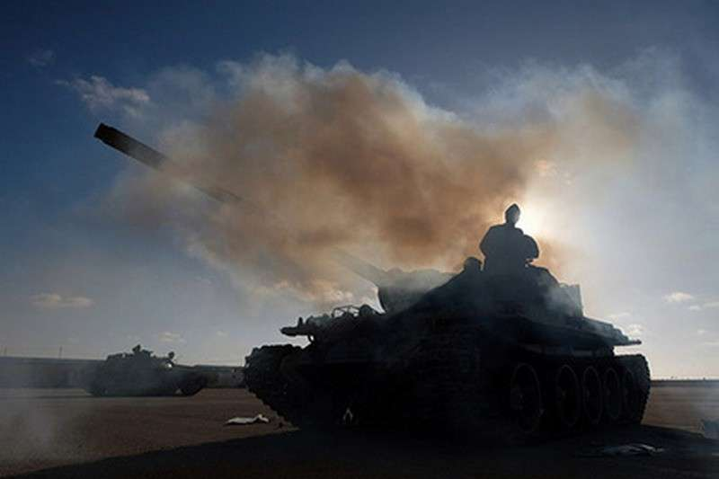 Ливия. На подступах к Триполи идут ожесточенные бои с применением авиации