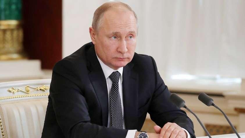 Путин – выпускникам школы губернаторов: нам нужна не революция, а эволюция