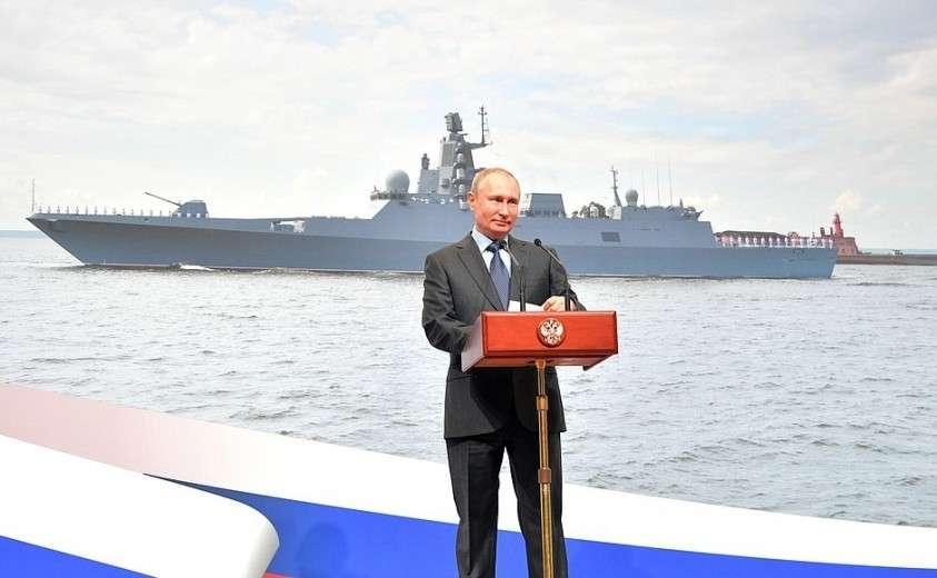 Владимир Путин принял участие в торжественной церемонии закладки на «Северной верфи» двух серийных фрегатов проекта 22 350 – «Адмирал Амелько» и «Адмирал Чичагов».