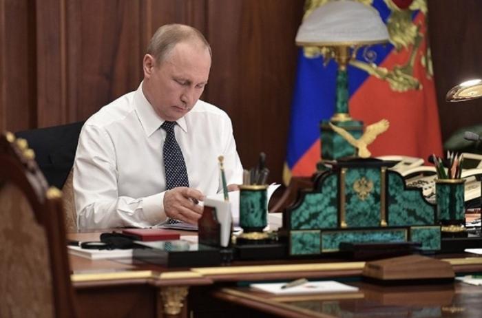 Владимир Путин подписал указ о российском гражданстве для жителей Донбасса