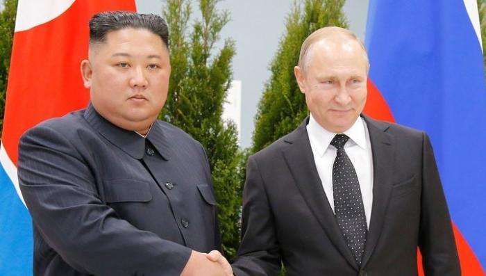 Президент Владимир Путин встретил лидера КНДР Ким Чен Ына на острове Русский