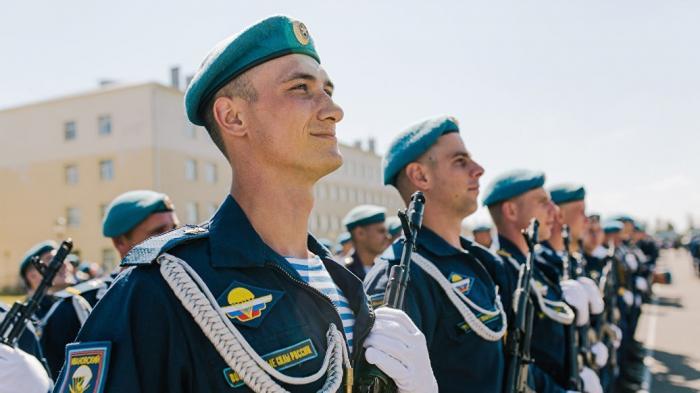 Владимир Шаманов опроверг данные об отмене погон десантников: «похоже на какую-то провокацию»