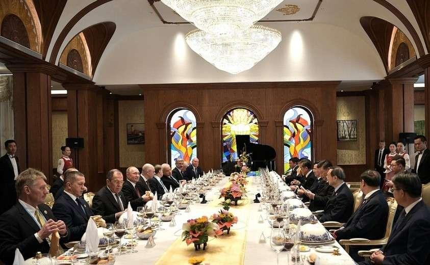 Рабочий завтрак с Председателем Китайской Народной Республики Си Цзиньпином.