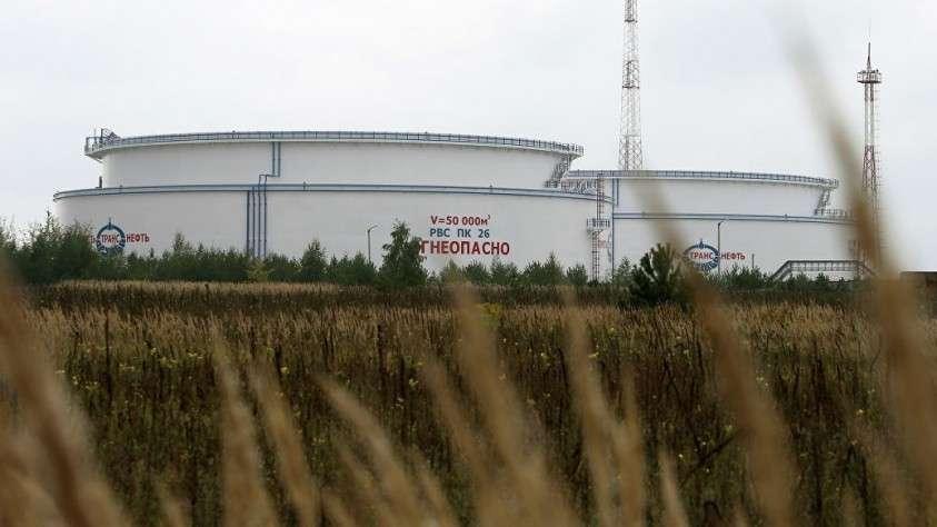 Венгрия приостановила поставки российской нефти через трубопровод