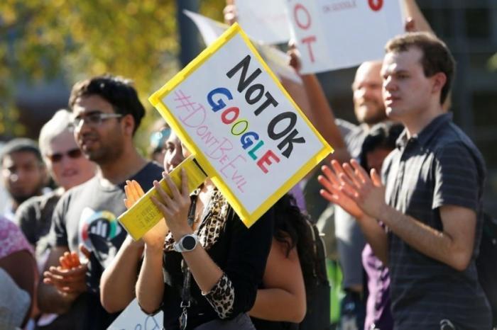 Работники Google рассказали, как их преследуют за критику руководства