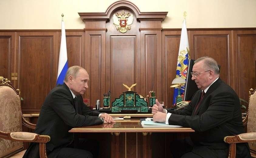 С руководителем компании «Транснефть» Николаем Токаревым.