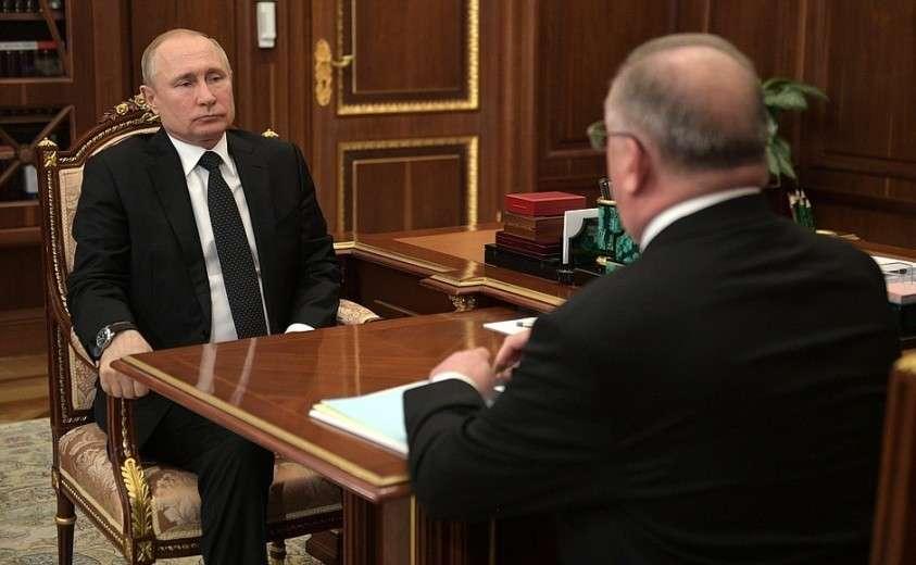 На встрече с руководителем компании «Транснефть» Николаем Токаревым.