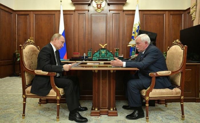 Владимир Путин провёл рабочую встречу сглавой ОСК Георгием Полтавченко