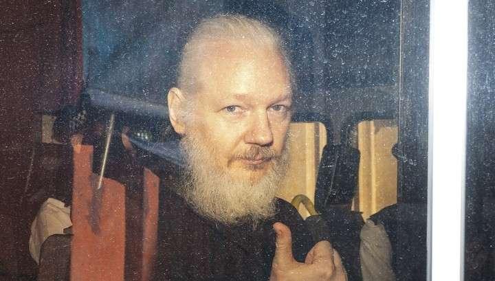 Ассанж и WikiLeaks: Британия дала США 65 дней на обоснование выдачи